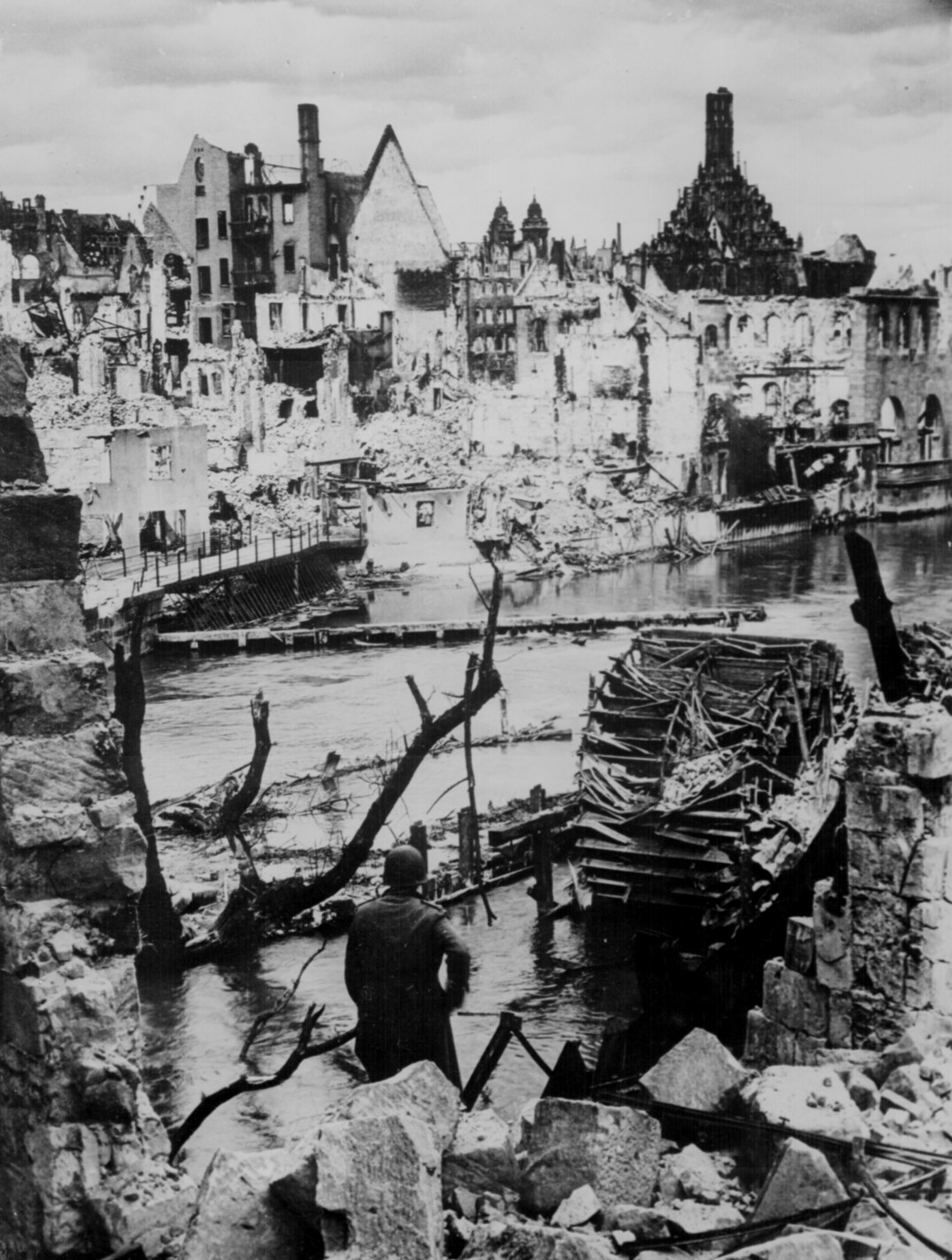 Why did the germans fight to the end blog for How many homes were destroyed in germany in ww2